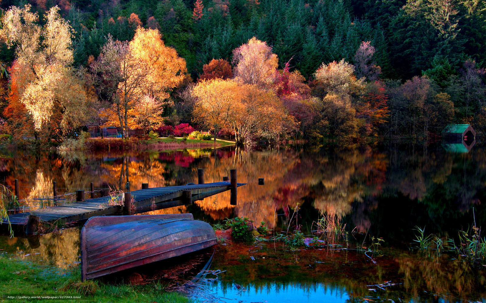 Download wallpaper autumn,  boat,  nature free desktop wallpaper in the resolution 2560x1600 — picture №327385