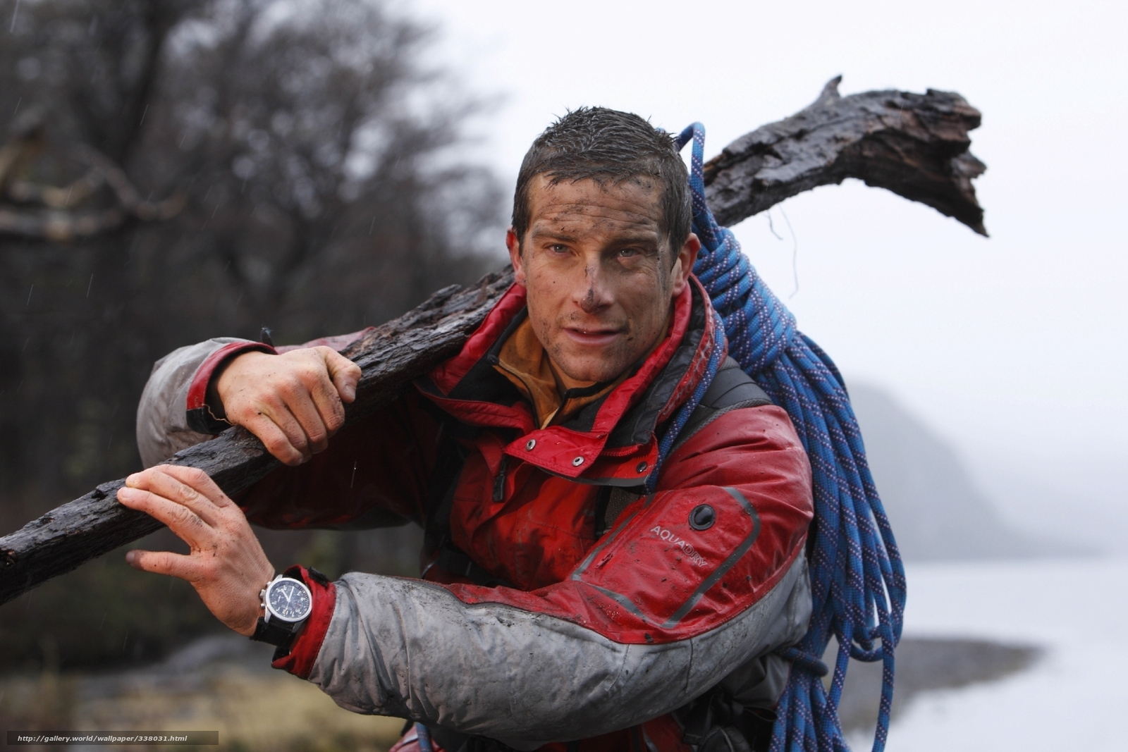 Download wallpaper Bear Grylls,  survive at any cost,  muzhik,  dirty free desktop wallpaper in the resolution 2250x1500 — picture №338031