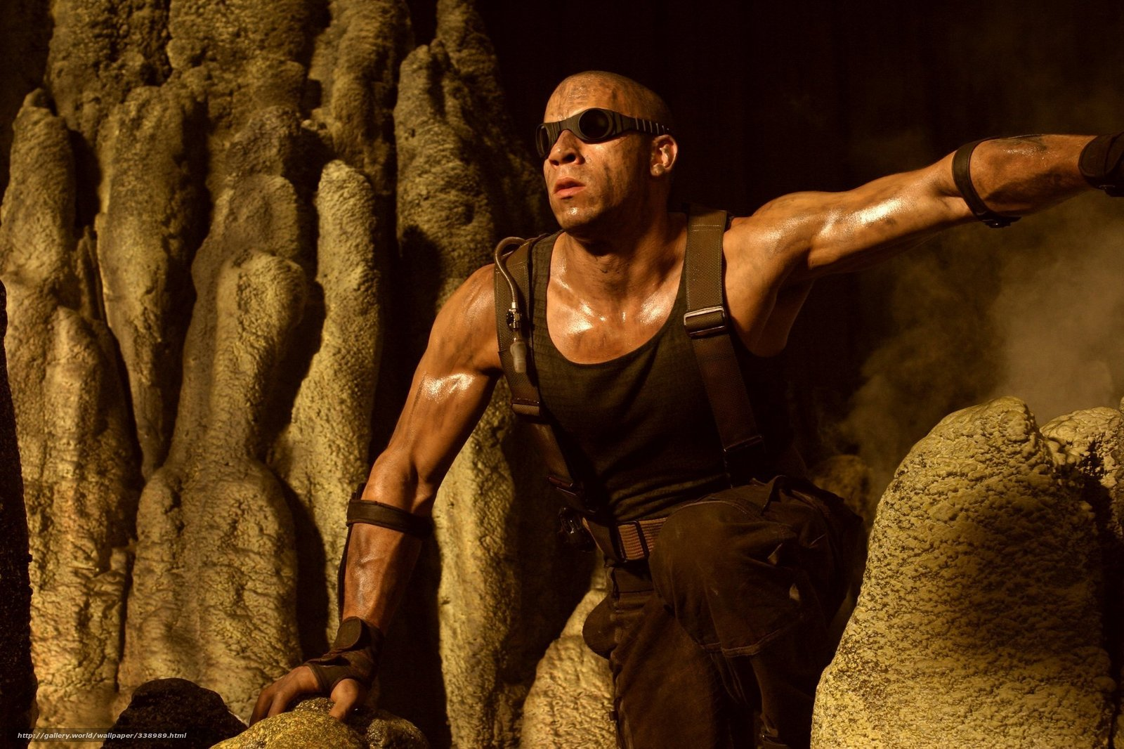 Download wallpaper The Chronicles of Riddick,  Vin Diesel,  Mark Sinclair Vincent,  actor free desktop wallpaper in the resolution 2048x1364 — picture №338989