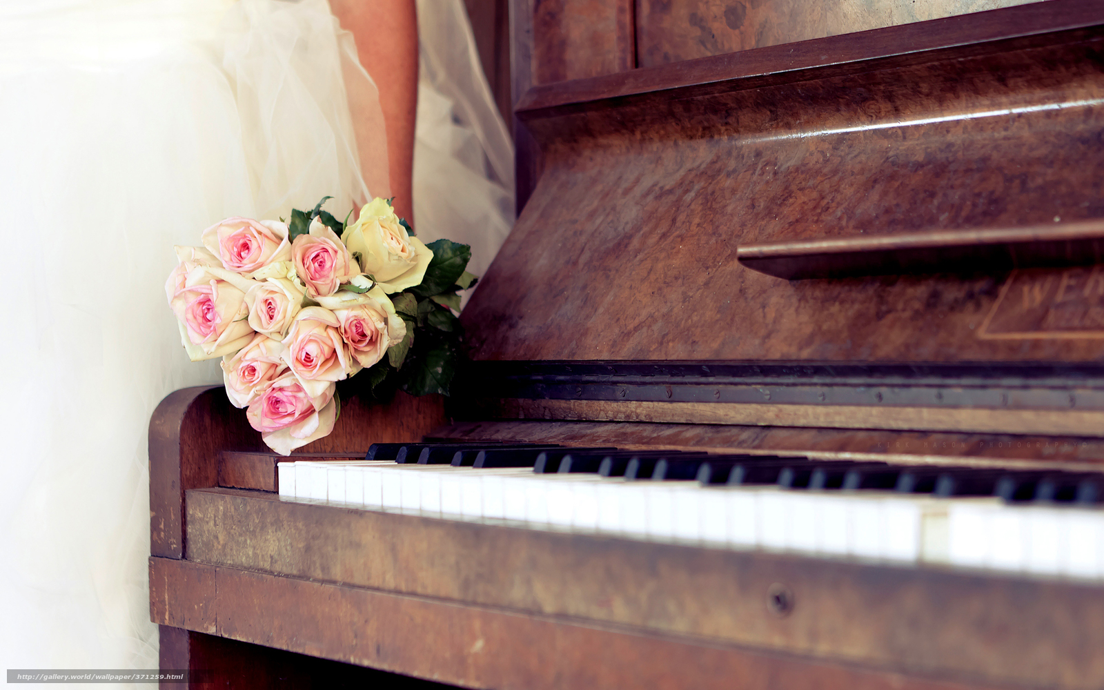 Tlcharger fond d ecran mariage piano bouquet roses fonds d