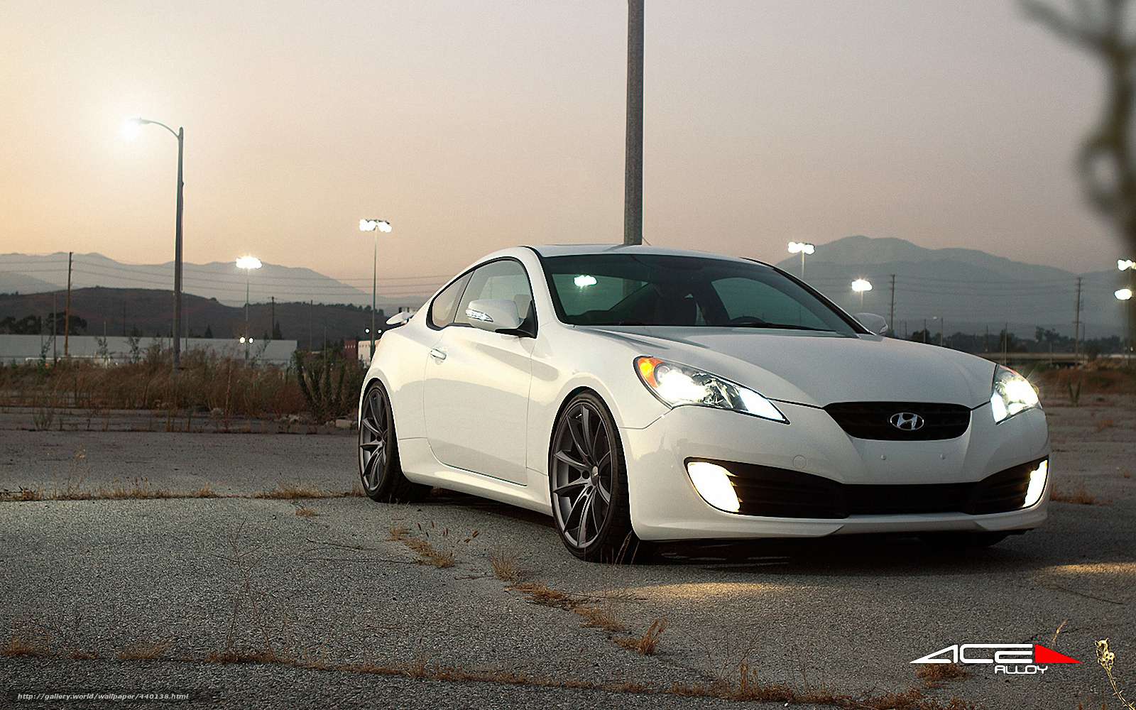 Download wallpaper hyundai genesis coupe white free desktop wallpaper in the resolution 1600x1000 picture 440138