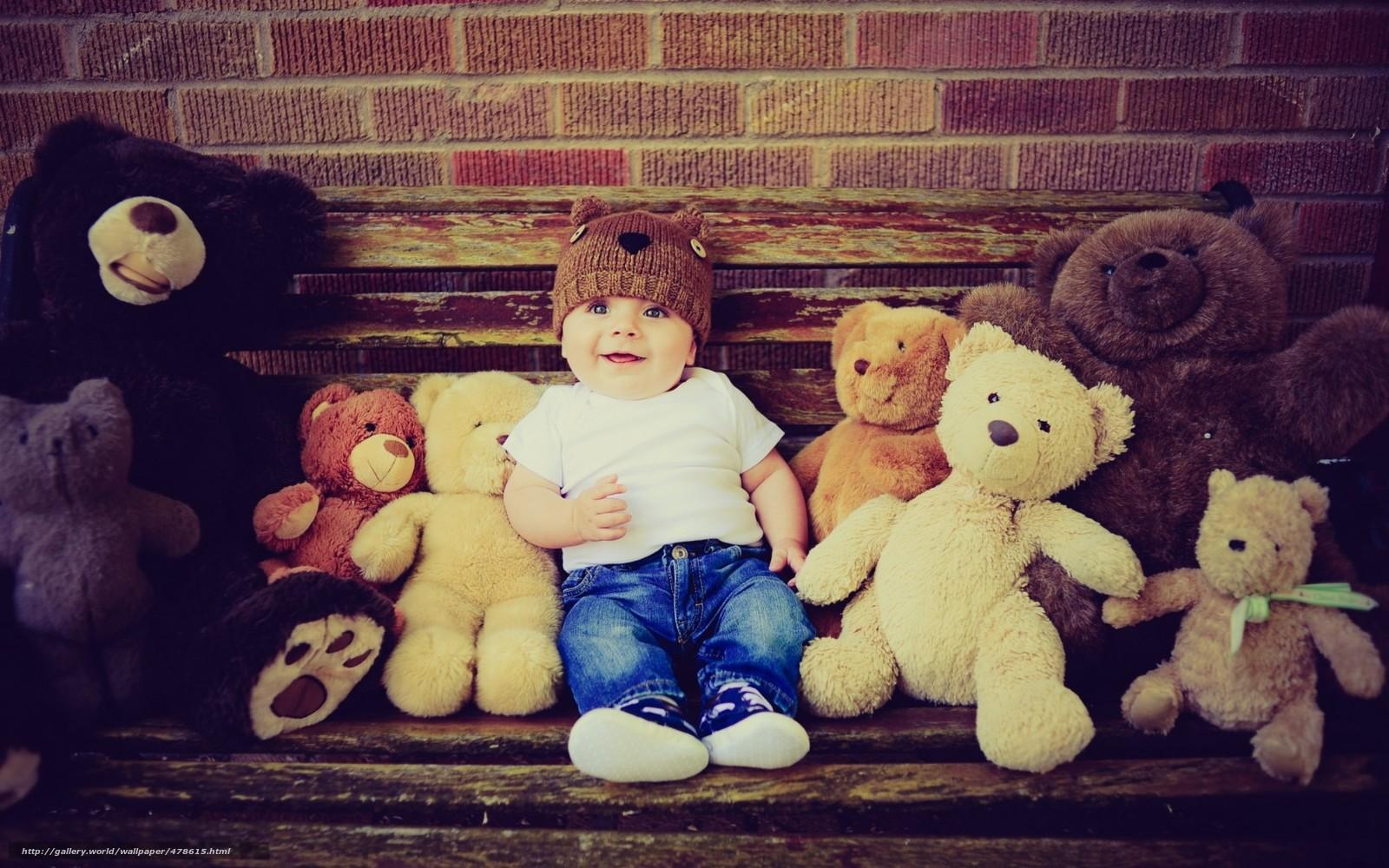 Скачать обои ребенок,  мальчик,  медведи,  игрушки бесплатно для рабочего стола в разрешении 1680x1050 — картинка №478615