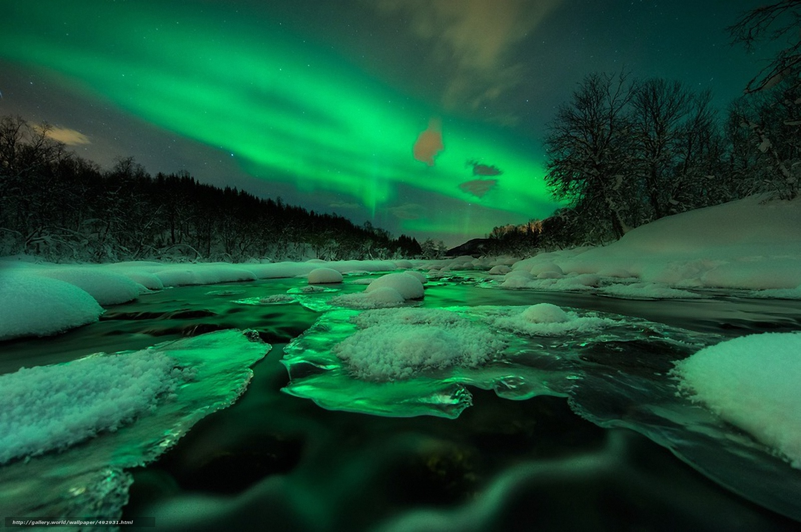 Scaricare gli sfondi fiume ghiaccio neve aurora boreale for Sfondi desktop aurora boreale