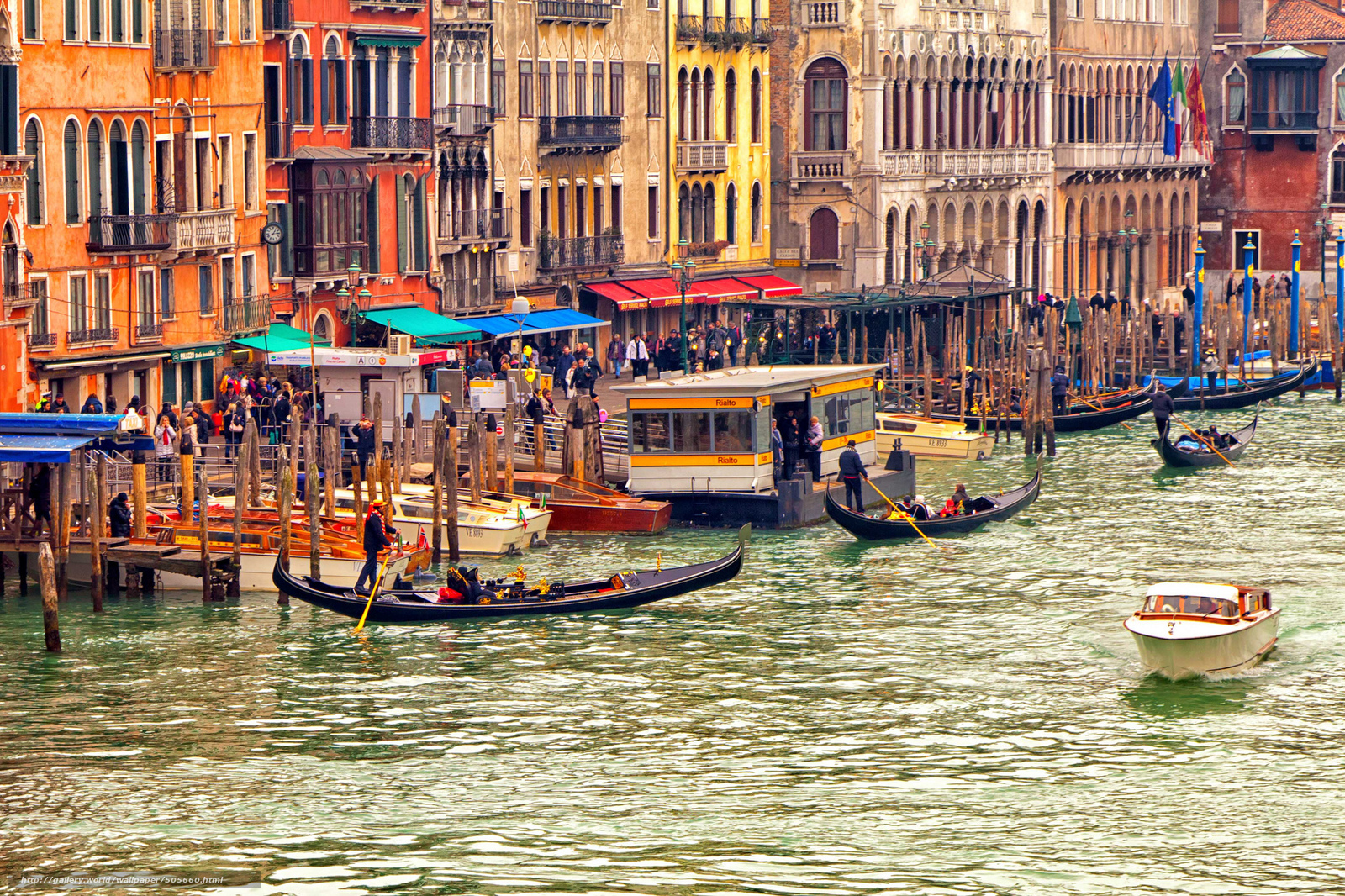Download wallpaper Venice,  Boat,  gondola,  Tourists free desktop wallpaper in the resolution 2048x1365 — picture №505660