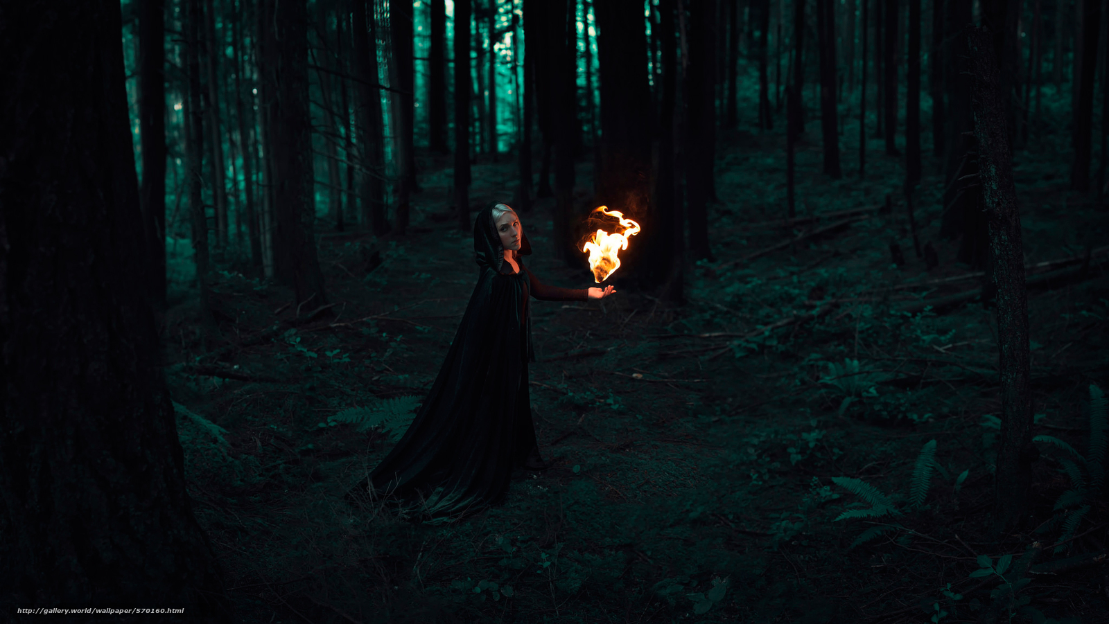 Название девушки в лесу