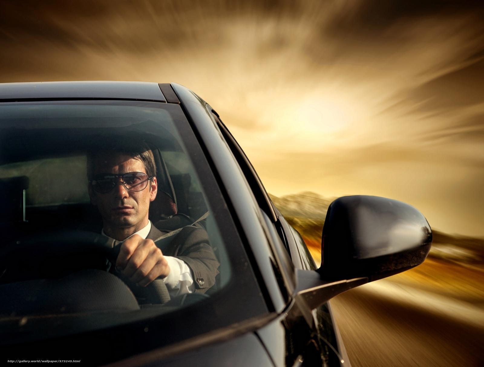 Скачать обои автомобиль,  стиль,  мужчина,  за рулём бесплатно для рабочего стола в разрешении 3000x2276 — картинка №573245