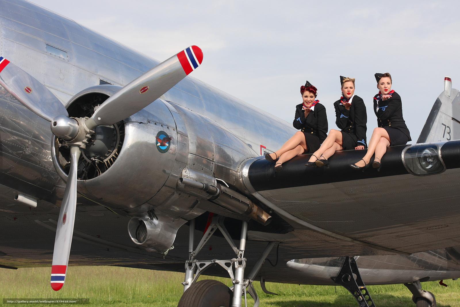 Скачать обои девушки,  военно-транспортный самолёт бесплатно для рабочего стола в разрешении 2048x1366 — картинка №579938