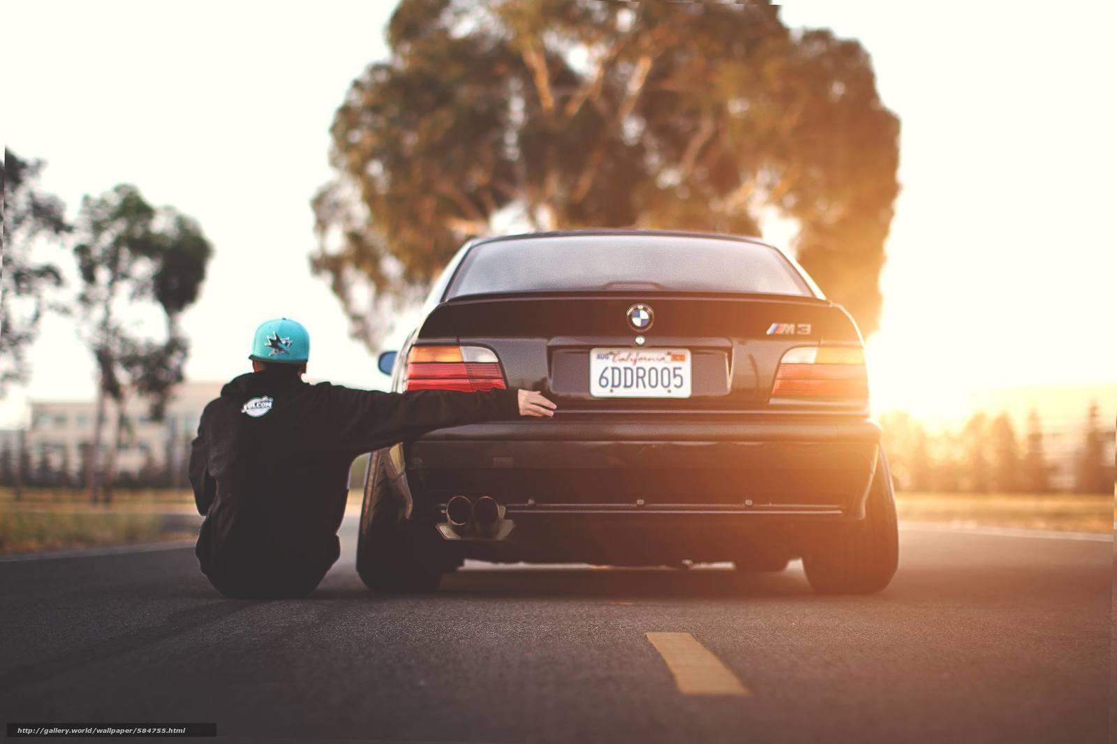 Скачать обои кепка,  BMW,  парень бесплатно для рабочего стола в разрешении 2048x1365 — картинка №584755