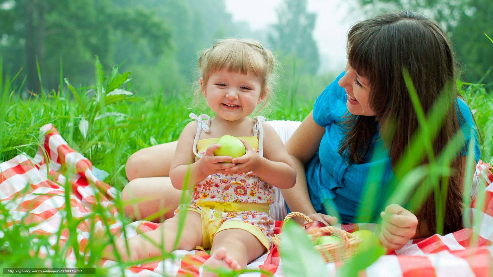 scaricare gli sfondi bambino e la madre,  picnic,  sorridente Sfondi gratis per la risoluzione del desktop 5600x3150 — immagine №598091