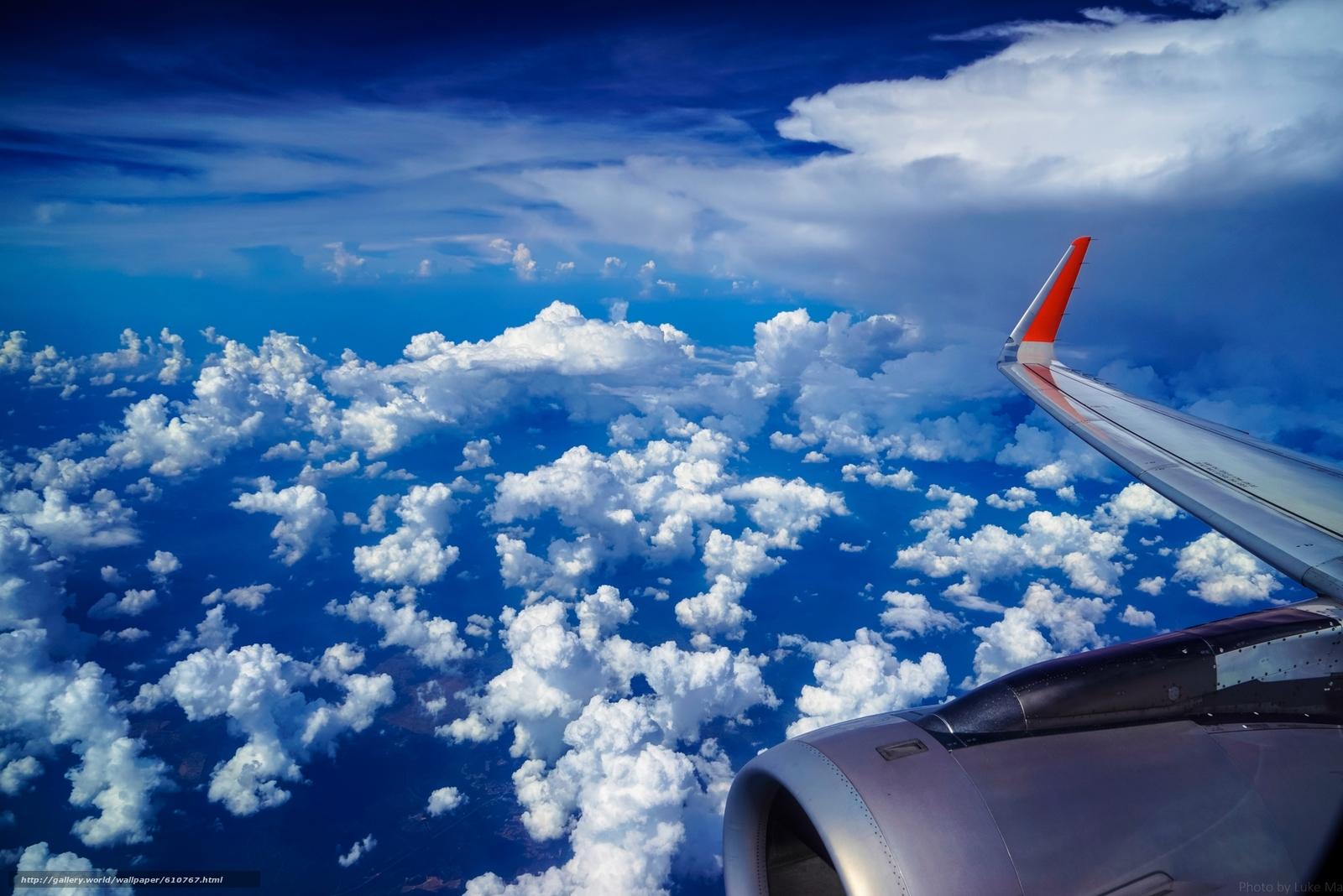 Скачать обои под крылом самолёта,  самолёт,  крыло,  небо бесплатно для рабочего стола в разрешении 2200x1468 — картинка №610767