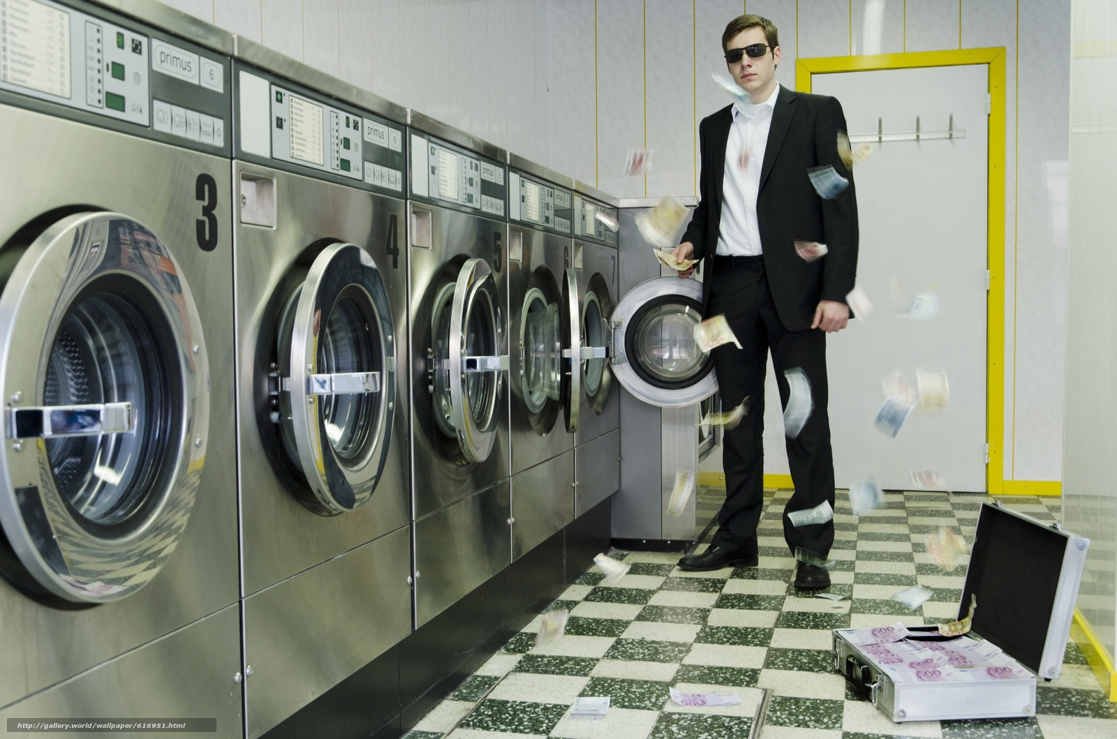 Скачать обои Деньги,  евро,  стиральная,  машина бесплатно для рабочего стола в разрешении 4925x3261 — картинка №616951