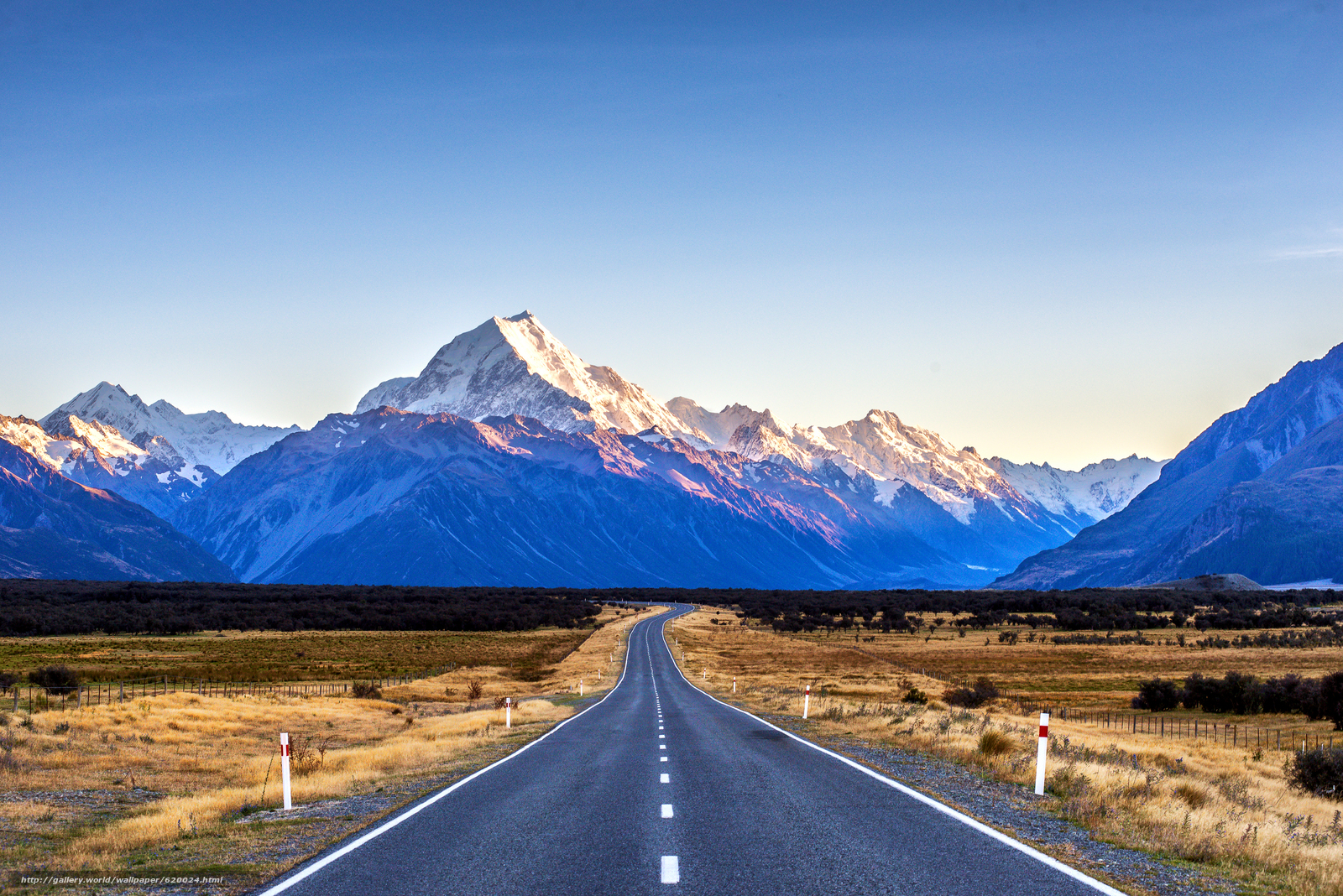 Скачать обои дорога,  горы,  поле,  пейзаж бесплатно для рабочего стола в разрешении 4000x2670 — картинка №620024