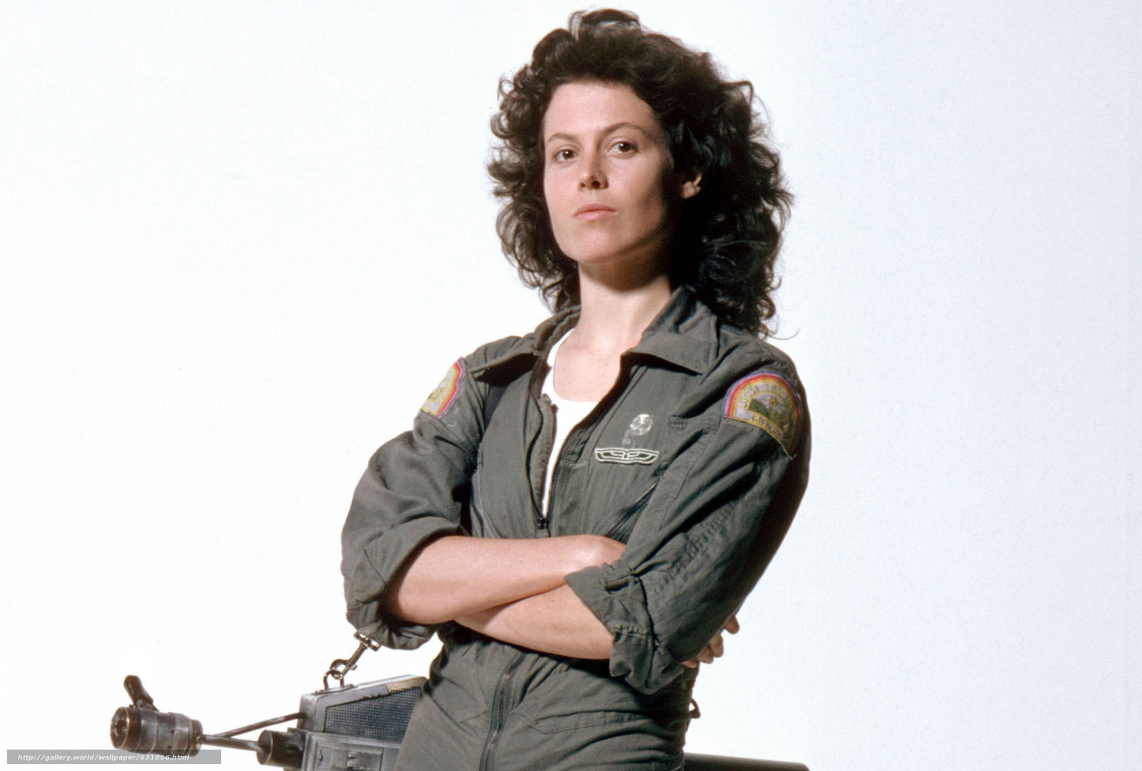 Download wallpaper Sigourney Weaver,  Alien,  flamethrower free desktop wallpaper in the resolution 1964x1326 — picture №631806