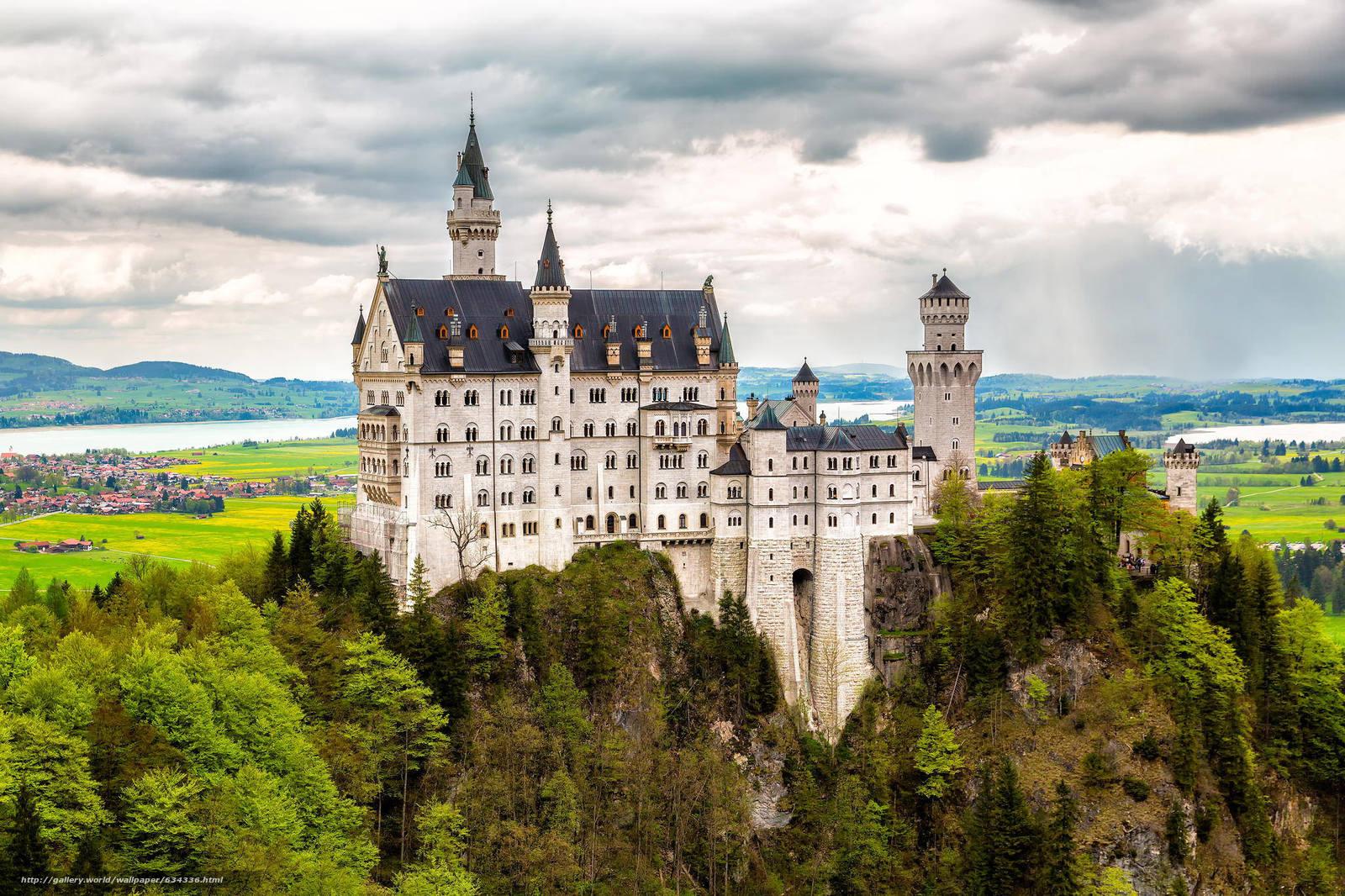 Скачать обои Neuschwanstein Castle,  Bavaria,  Germany,  Замок Нойшванштайн бесплатно для рабочего стола в разрешении 2048x1365 — картинка №634336