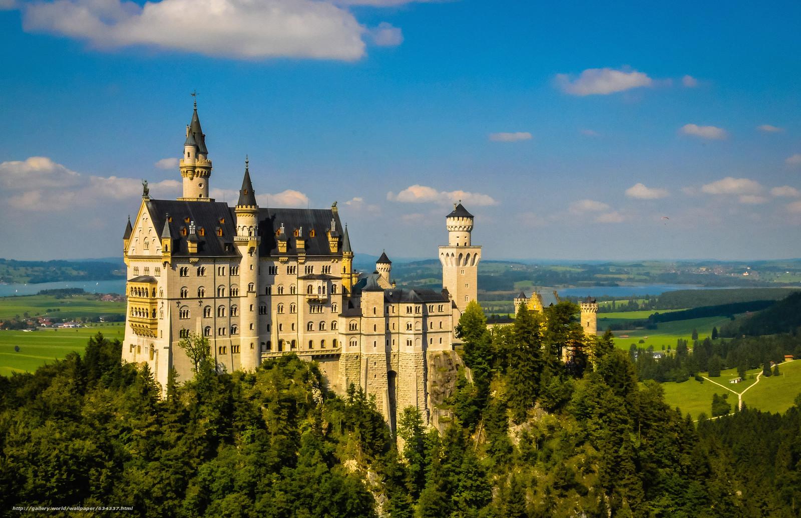 Скачать обои Neuschwanstein Castle,  Bavaria,  Germany,  Замок Нойшванштайн бесплатно для рабочего стола в разрешении 2048x1324 — картинка №634337