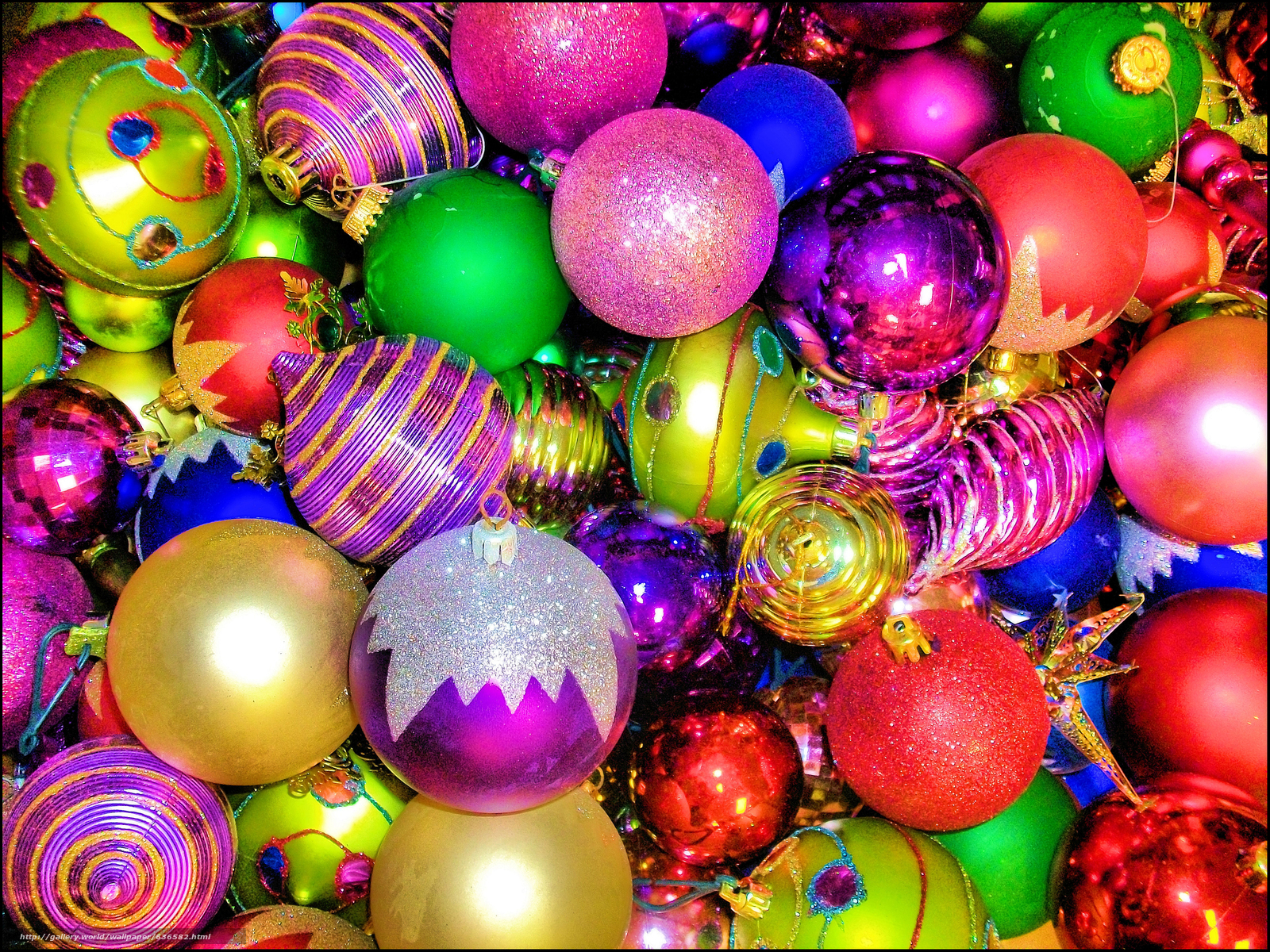 Download wallpaper New Year,  Christmas tree decorations,  Balloons,  decoration free desktop wallpaper in the resolution 3600x2700 — picture №636582