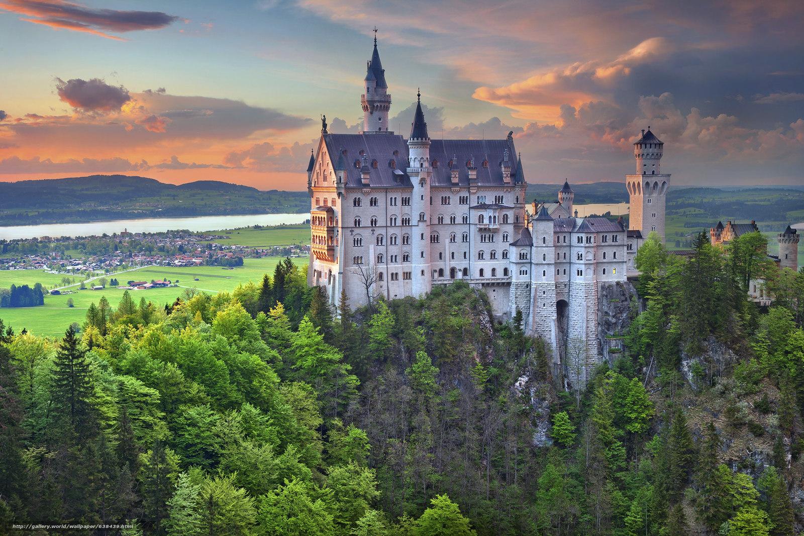 Скачать обои Neuschwanstein Castle,  Bavaria,  Germany,  Замок Нойшванштайн бесплатно для рабочего стола в разрешении 2048x1365 — картинка №638439