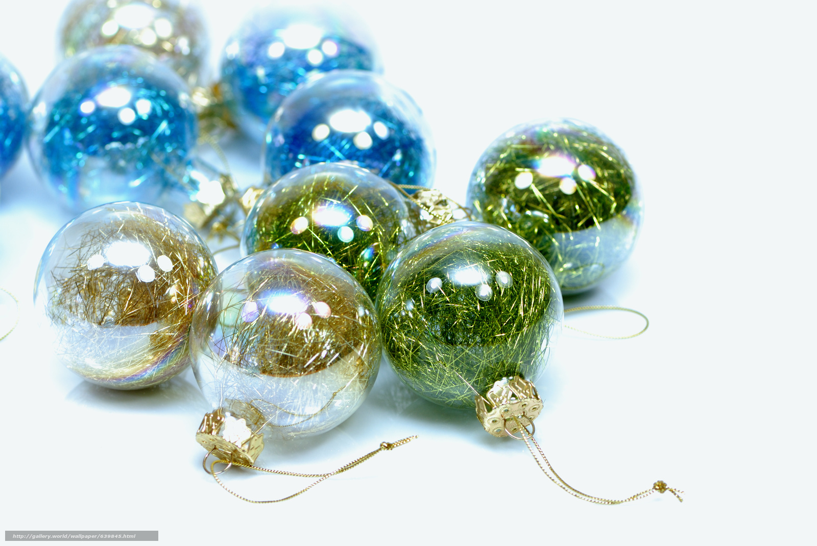 Download wallpaper New Year,  Christmas decorations,  Balls,  Transparent free desktop wallpaper in the resolution 3872x2592 — picture №639845