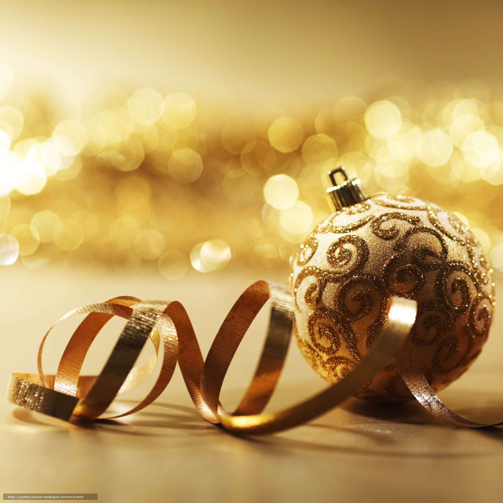Download wallpaper New Year,  Christmas decorations,  Balls,  gilding free desktop wallpaper in the resolution 3651x3651 — picture №641619