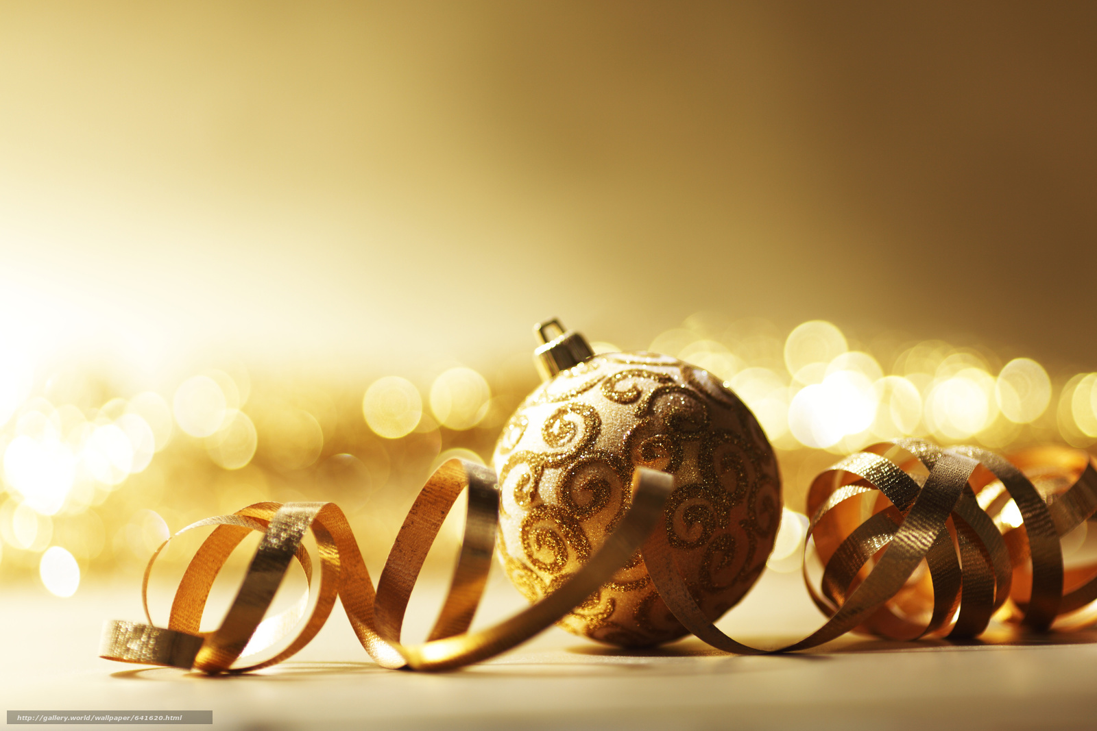 Download wallpaper New Year,  Christmas decorations,  Balls,  gilding free desktop wallpaper in the resolution 5034x3356 — picture №641620