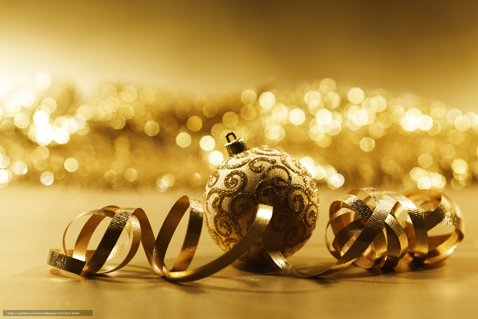 Download wallpaper New Year,  Christmas decorations,  Balls,  gilding free desktop wallpaper in the resolution 5216x3477 — picture №641621