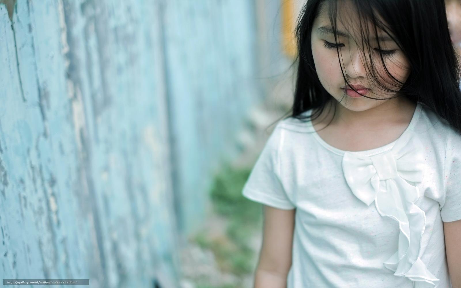 Download wallpaper girl,  girls,  children,  baby free desktop wallpaper in the resolution 2560x1600 — picture №646826