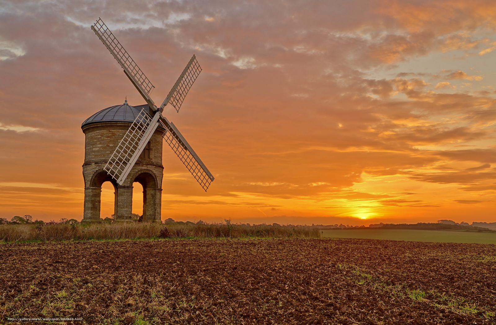 Download wallpaper Chesterton Windmill,  Warwickshire,  United Kingdom,  Chesterton Windmill free desktop wallpaper in the resolution 2048x1345 — picture №650806