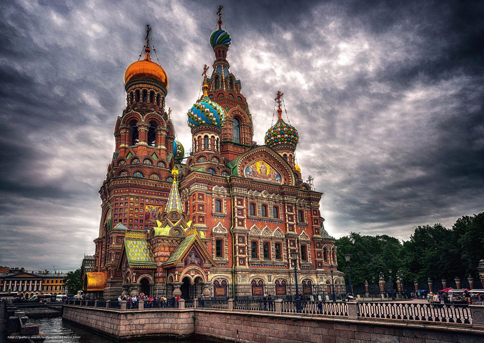 Download wallpaper Church of the Saviour on Spilled Blood,  petersburg,  city free desktop wallpaper in the resolution 2048x1451 — picture №653026