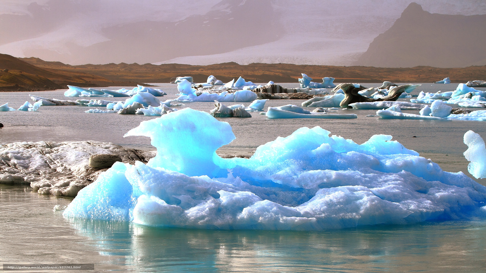 Download wallpaper Iceland,  ice,  ice,  glacier free desktop wallpaper in the resolution 2600x1462 — picture №653261