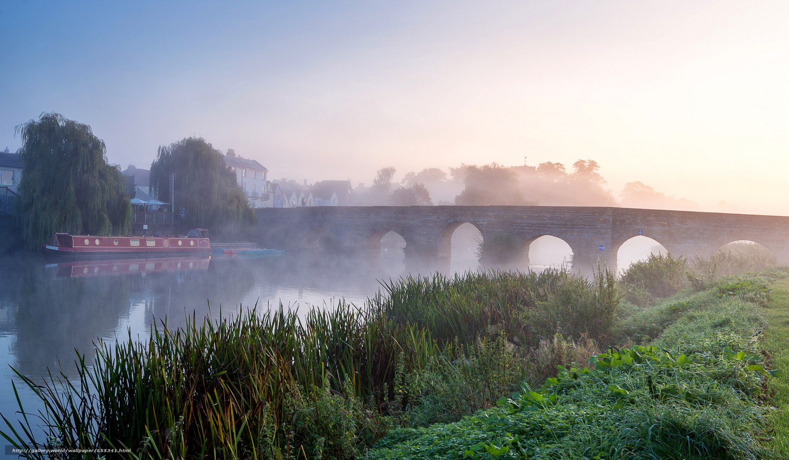 Download wallpaper Morning on the River Avon,  fog,  bridge,  landscape free desktop wallpaper in the resolution 2048x1195 — picture №655341