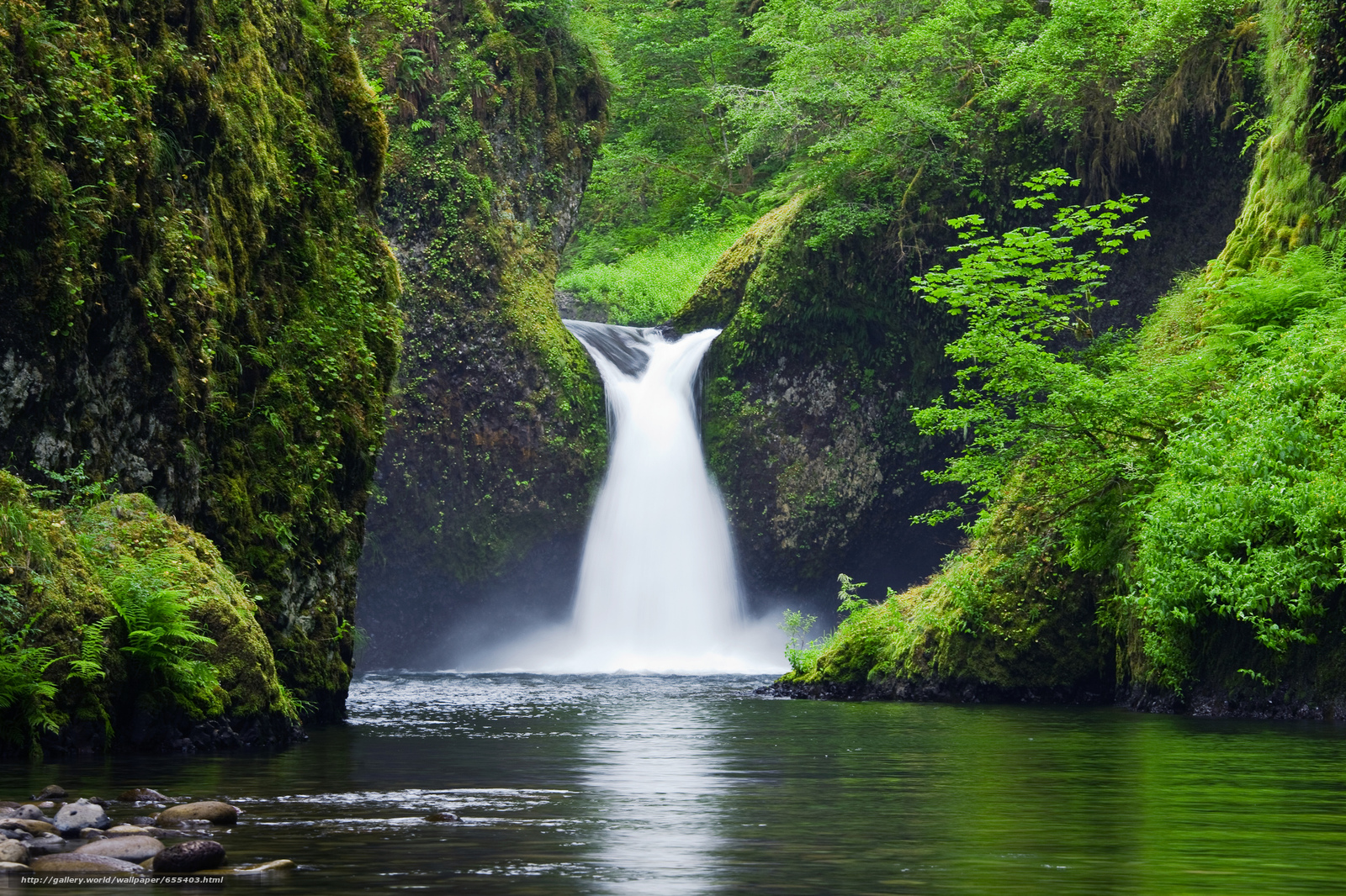 Download wallpaper Punchbowl Falls,  Eagle Creek,  Columbia River Gorge free desktop wallpaper in the resolution 2048x1365 — picture №655403