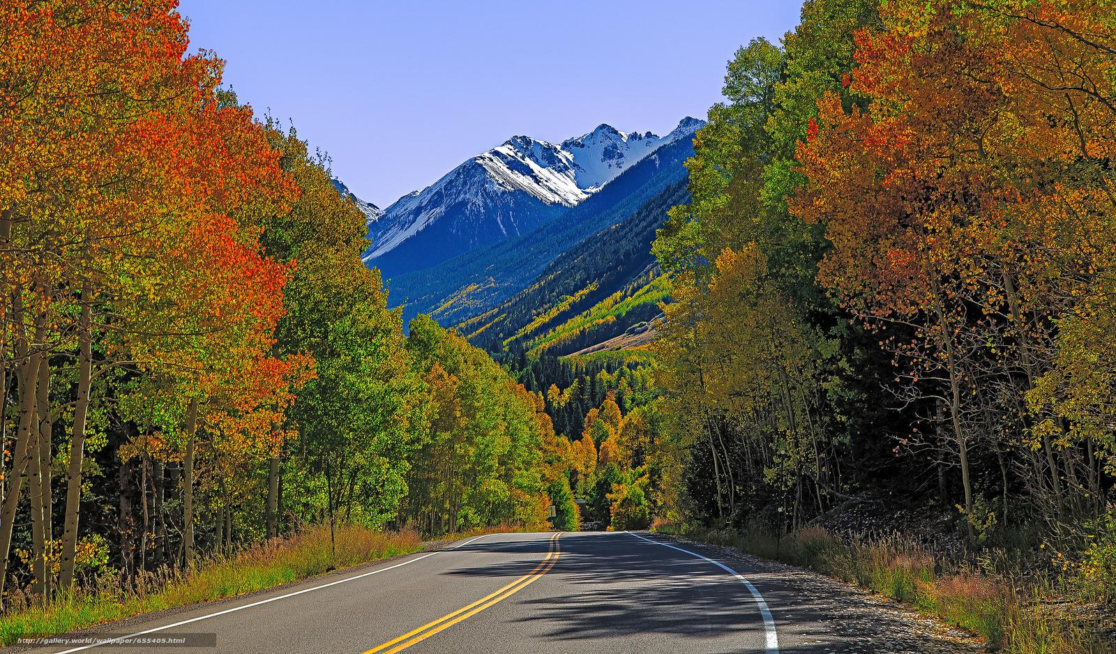 Скачать обои дорога,  осень,  горы,  деревья бесплатно для рабочего стола в разрешении 2048x1201 — картинка №655405