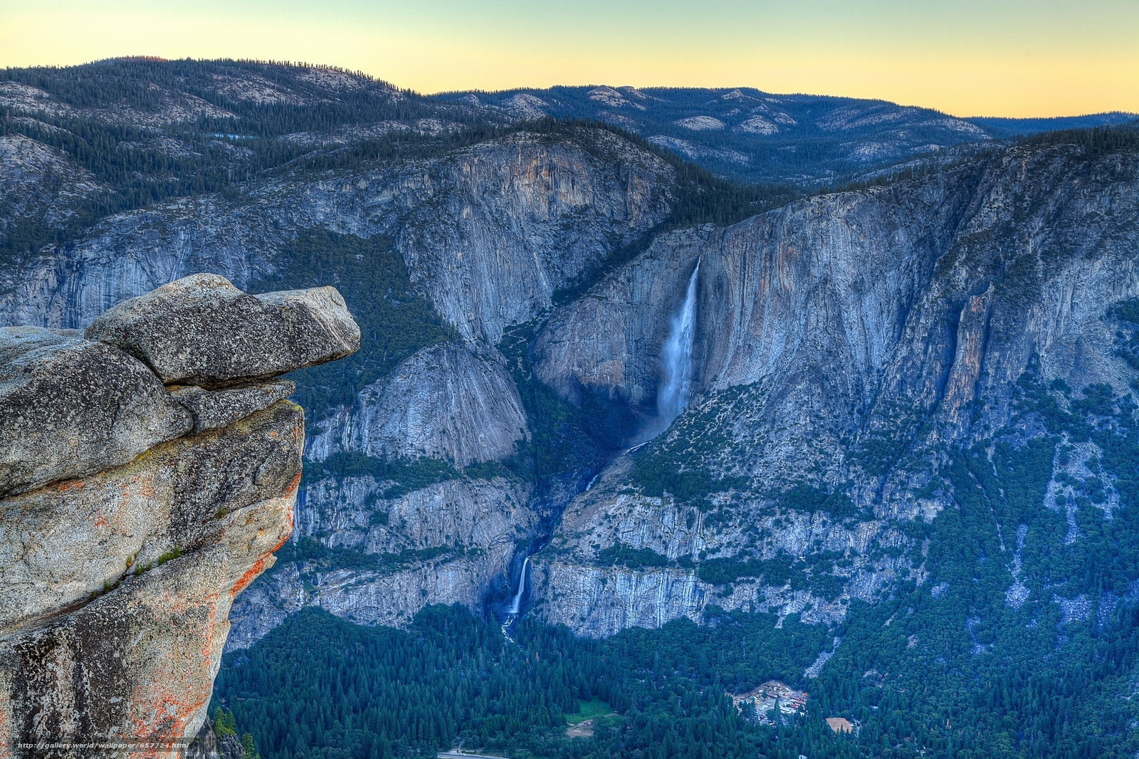Download wallpaper Nevada Falls,  Yosemite Valley,  sunset,  Mountains free desktop wallpaper in the resolution 2048x1364 — picture №657724