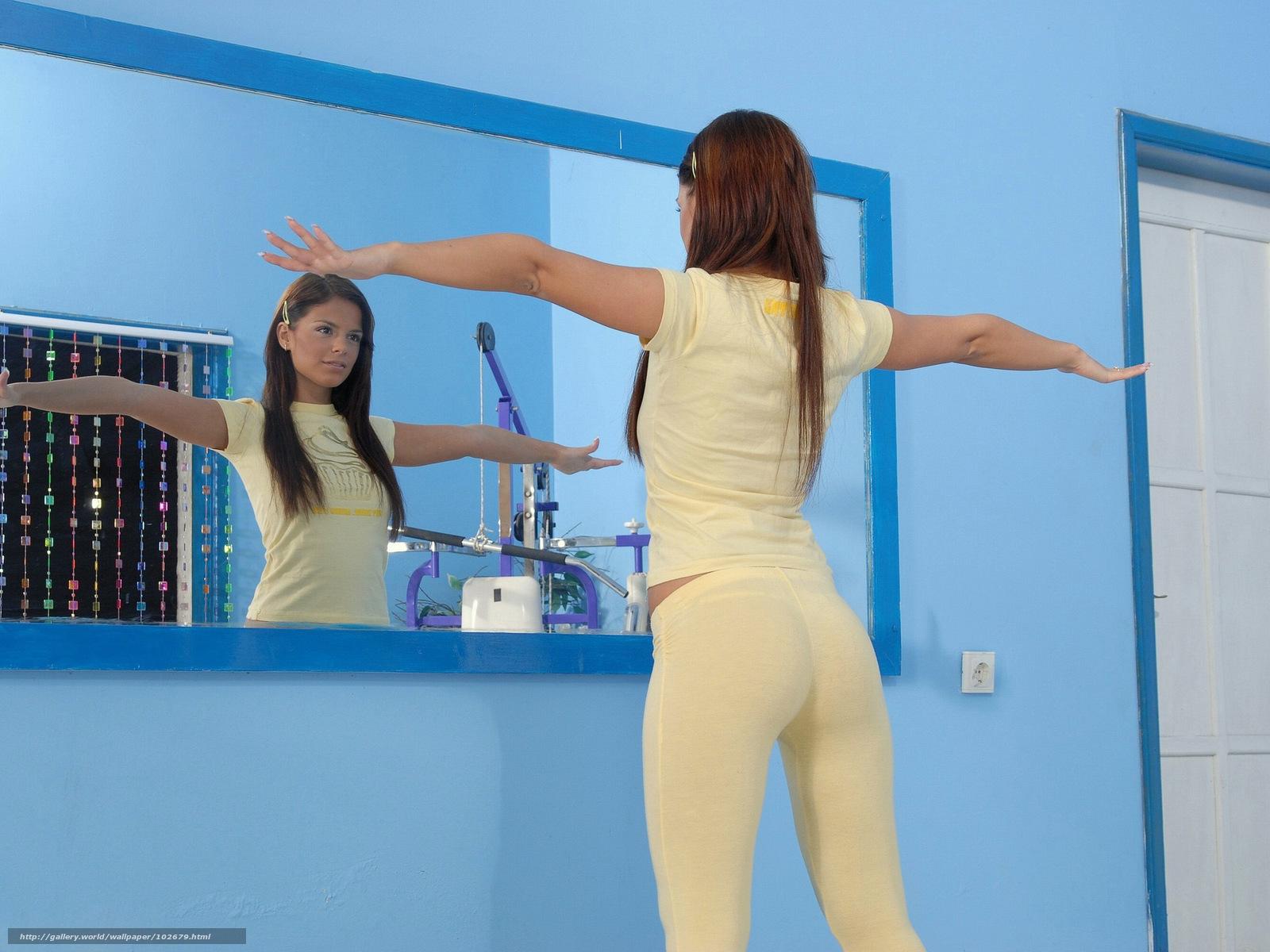 Что случится если стоять голой перед зеркалом 27 фотография