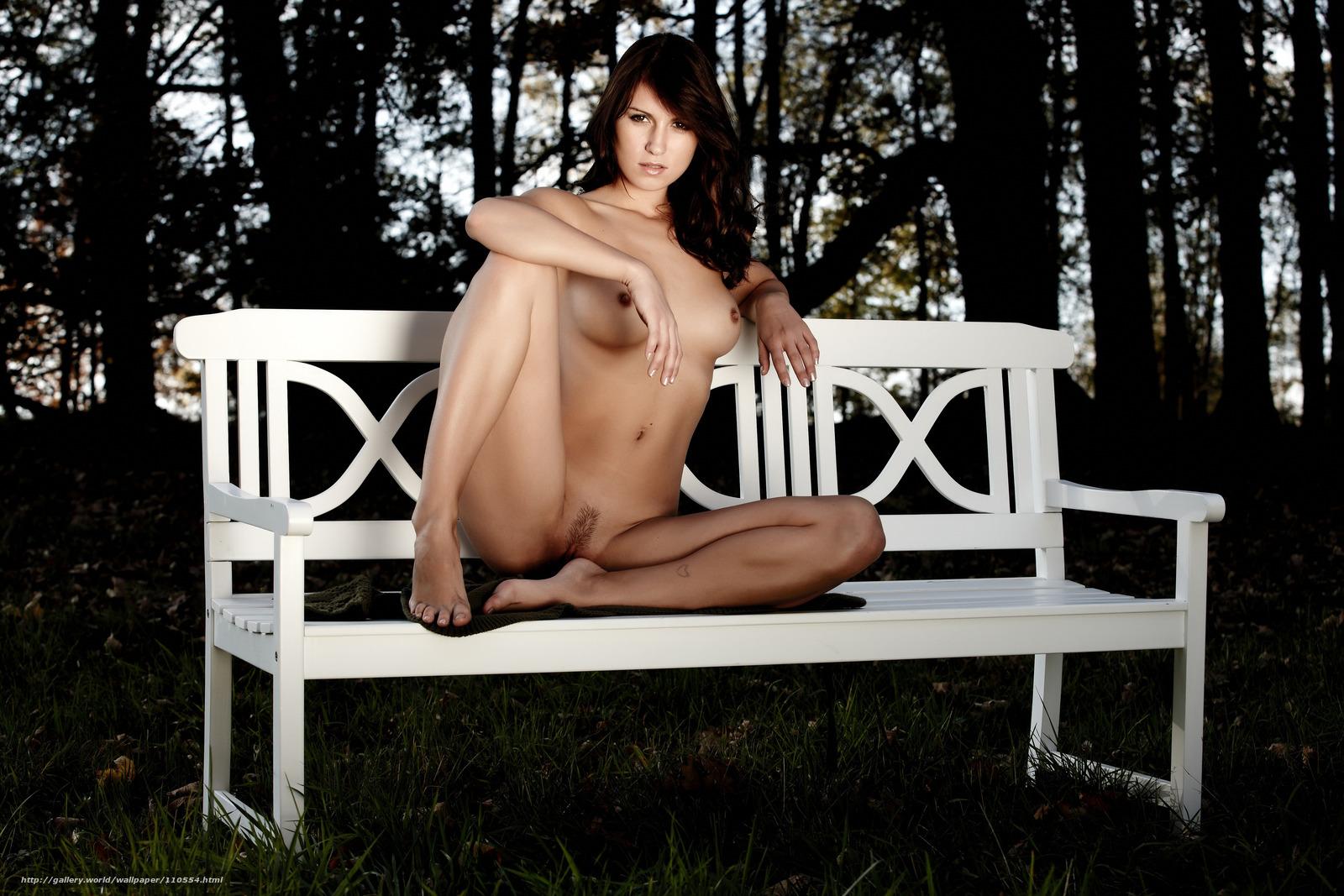 Эротика скамейка фото 1 фотография