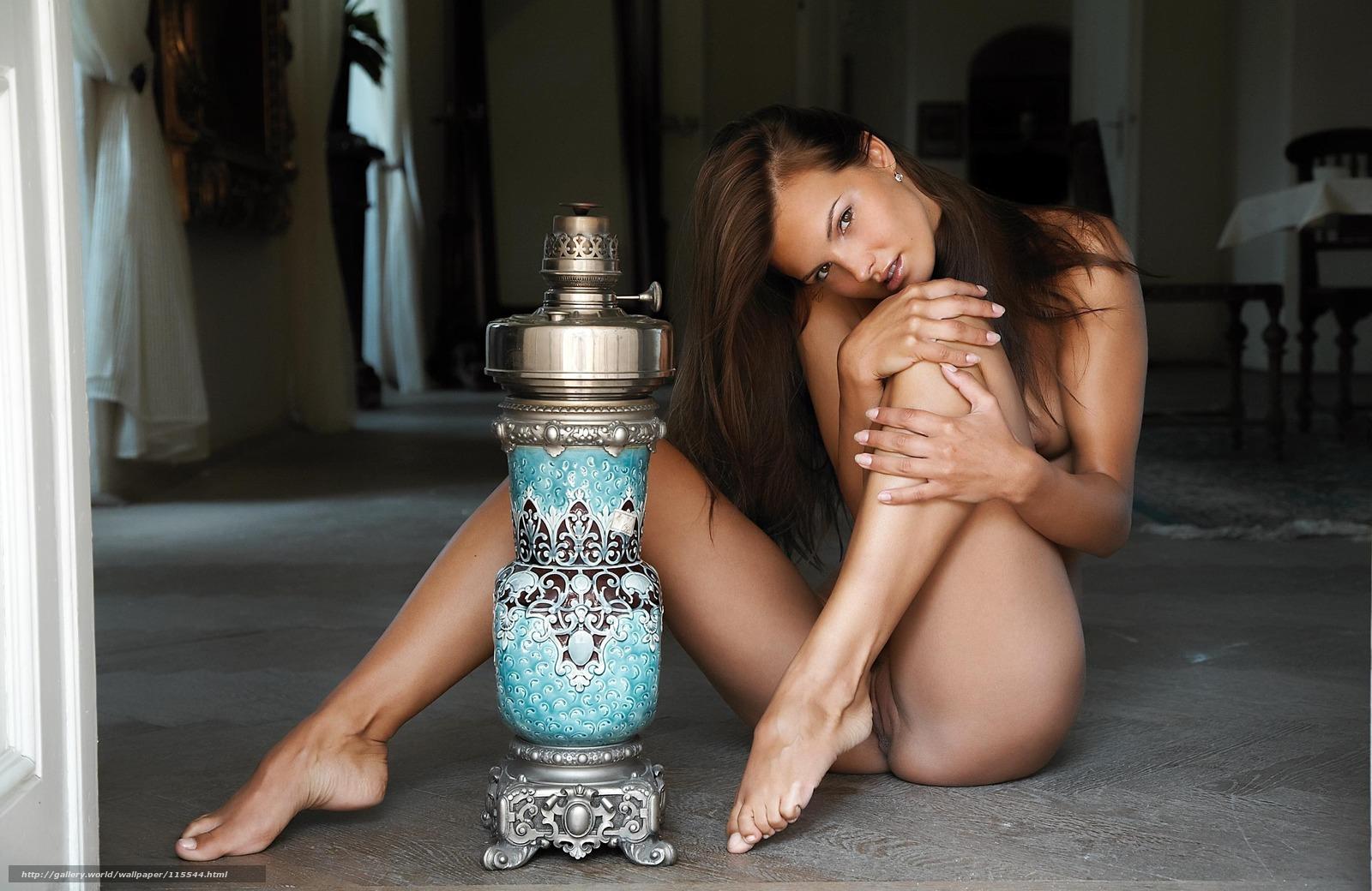 Фото девчонка с голыми ножками 7 фотография