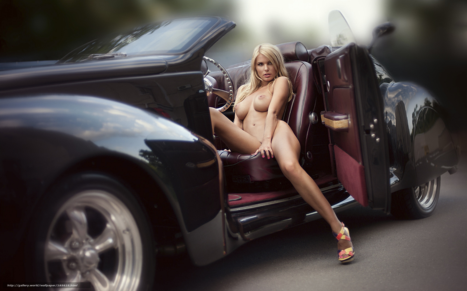 Фото голые девушки и авто 5 фотография