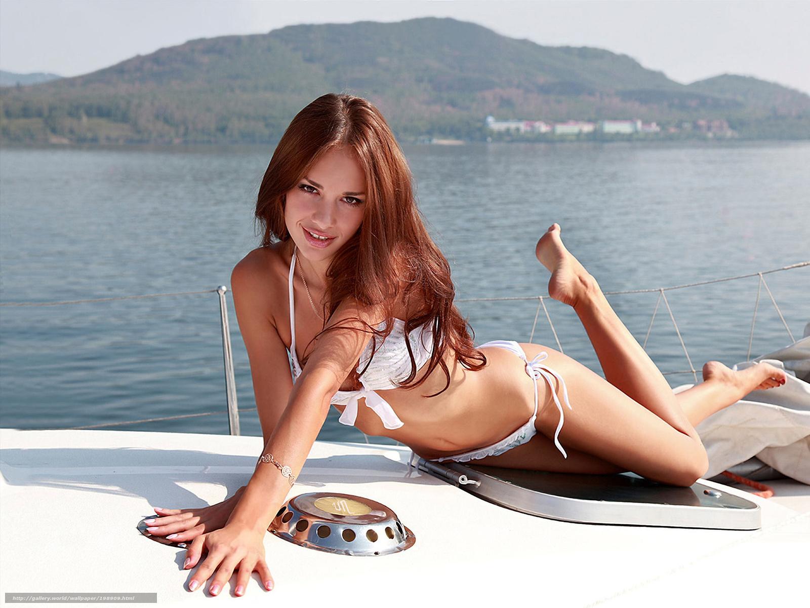 Сосёт на яхте 6 фотография