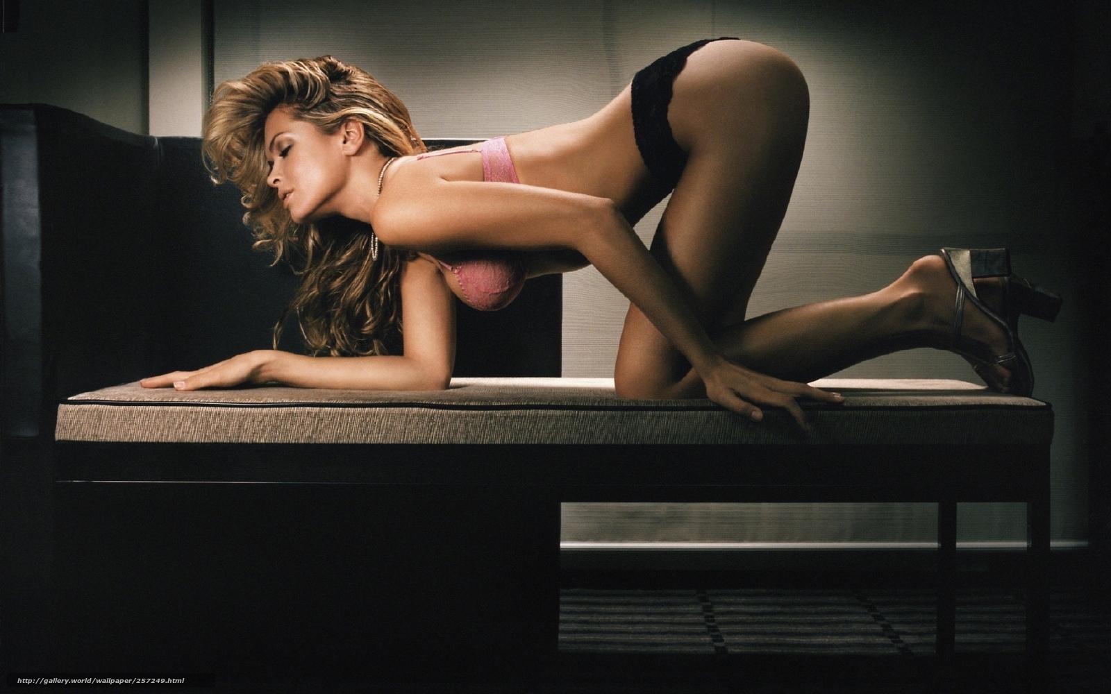 Фото голи девка 10 фотография