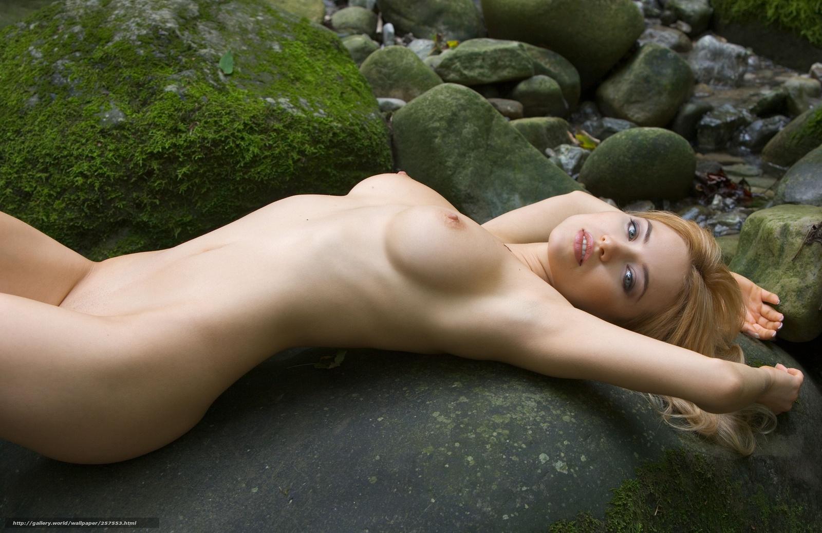 Смотреть фотки большие голые пухлые женщины под водопадом бесплатно 12 фотография