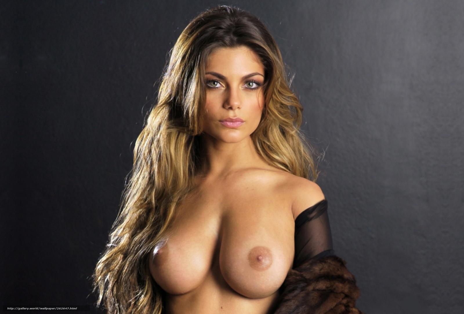 Фотомодели с большой грудью голые 22 фотография