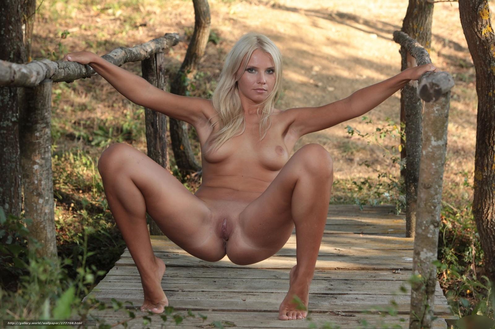 golie-seks-blondinka