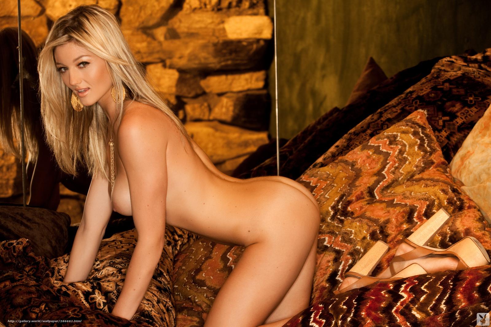 С блондинкой с офигенной грудью 19 фотография