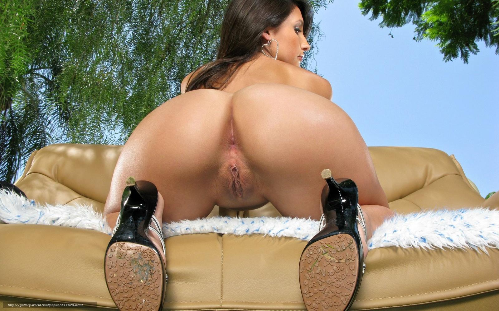 Шикарная красивая женщина открытыми половыми киски 7 фотография