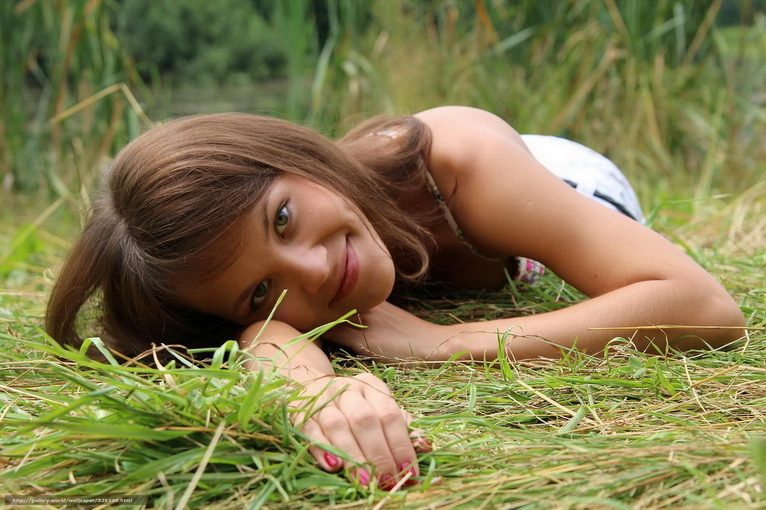 Трах девочки в деревне 4 фотография