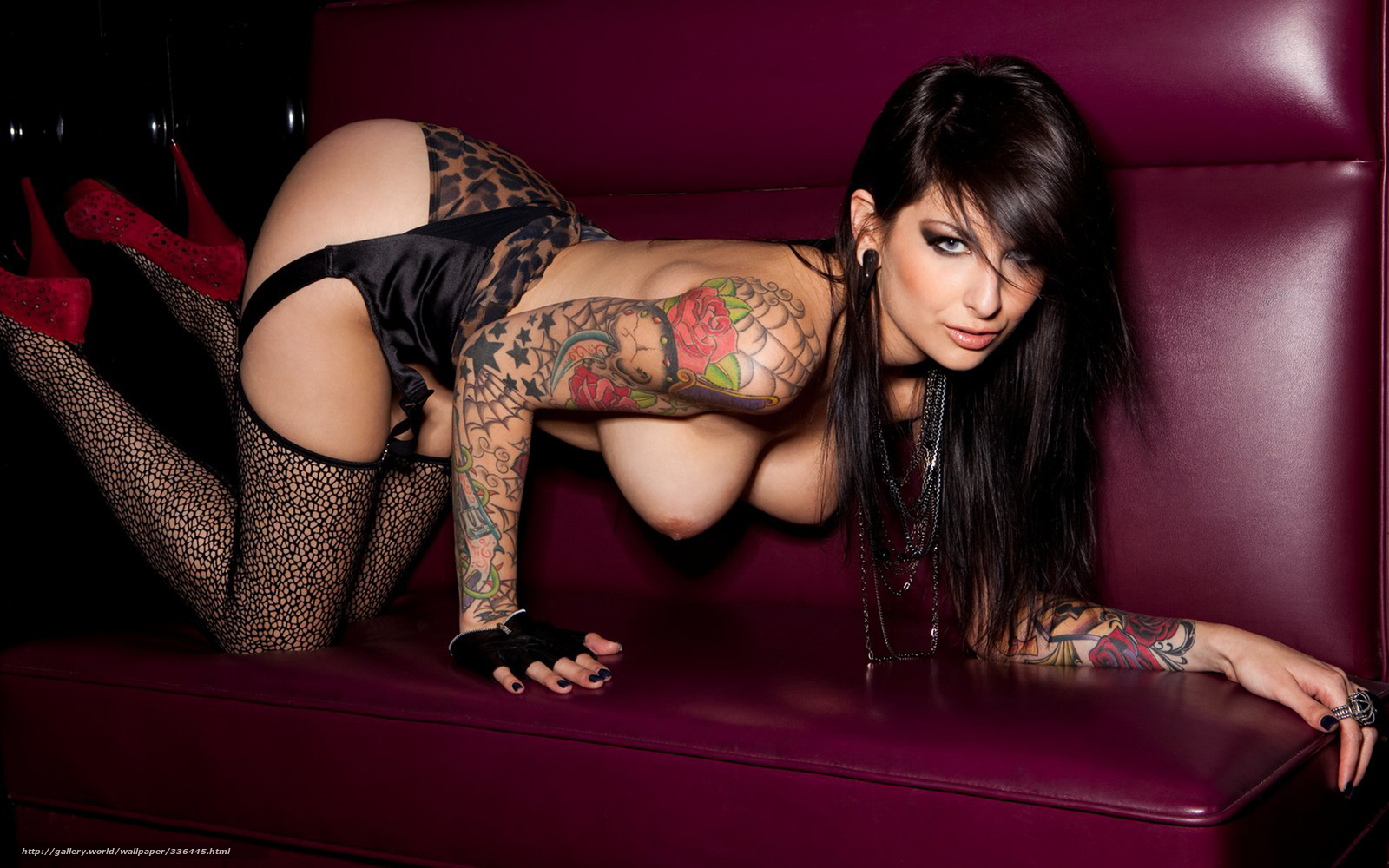 Pic clubstunning brunette pics porn pictures