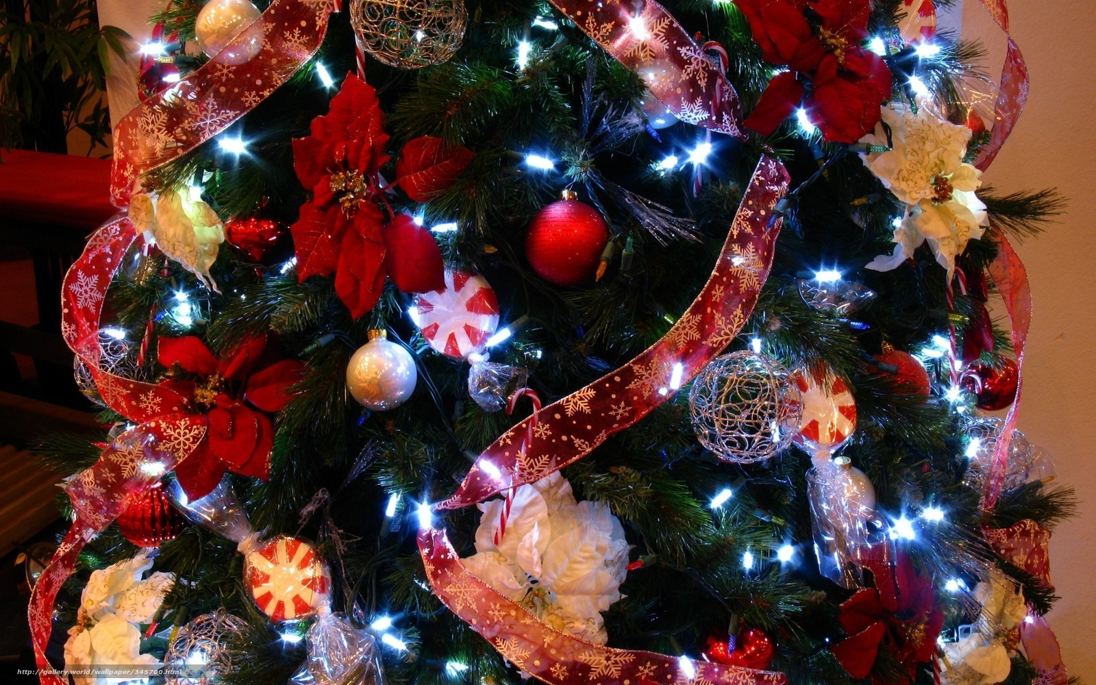 Как украсить елку на новый год 2015 своими руками фото