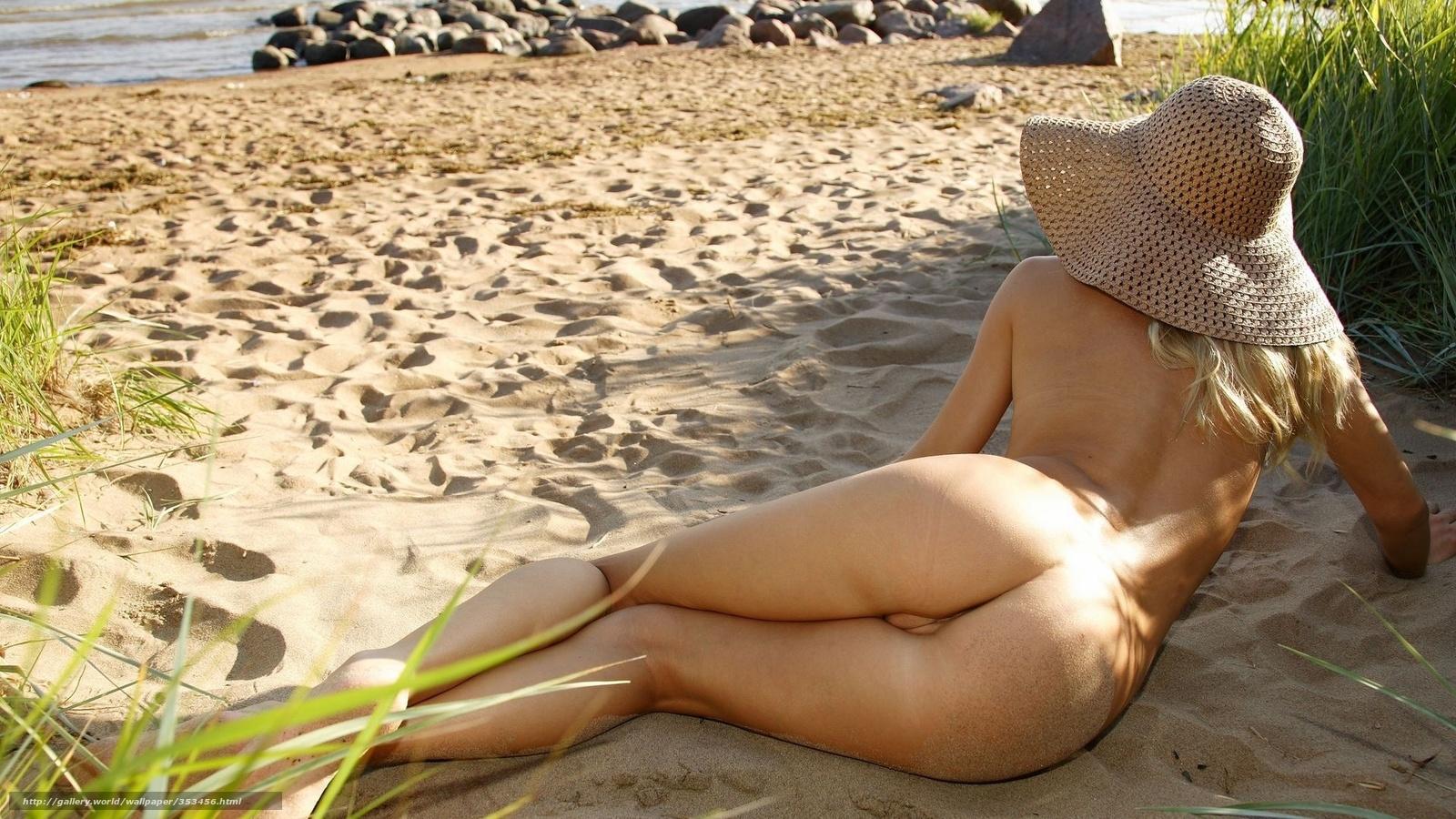 Фото голых девушки отжимается от пола 20 фотография
