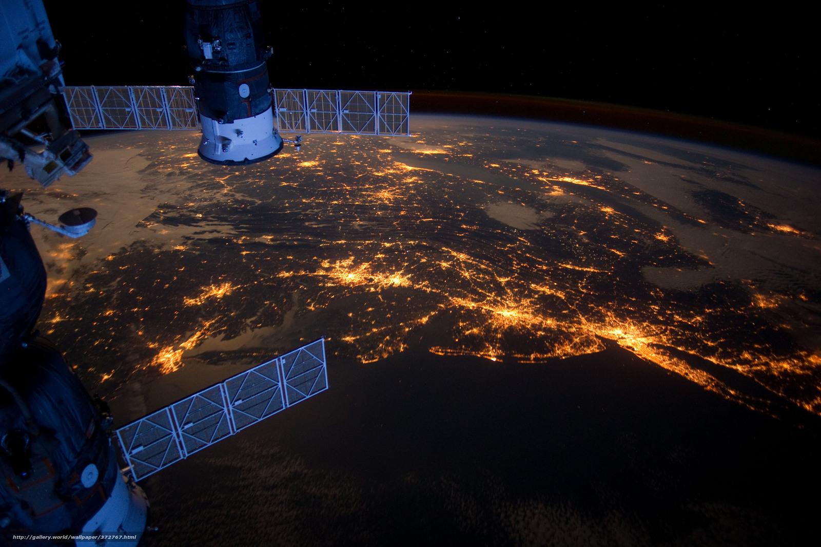 Скачать на телефон обои фото картинку на тему МКС, Союз, Прогресс, Северная Америка, океан, Атлантика, города, Бостон, Филадельфия, Питсбург, огни, разширение 4256x2832