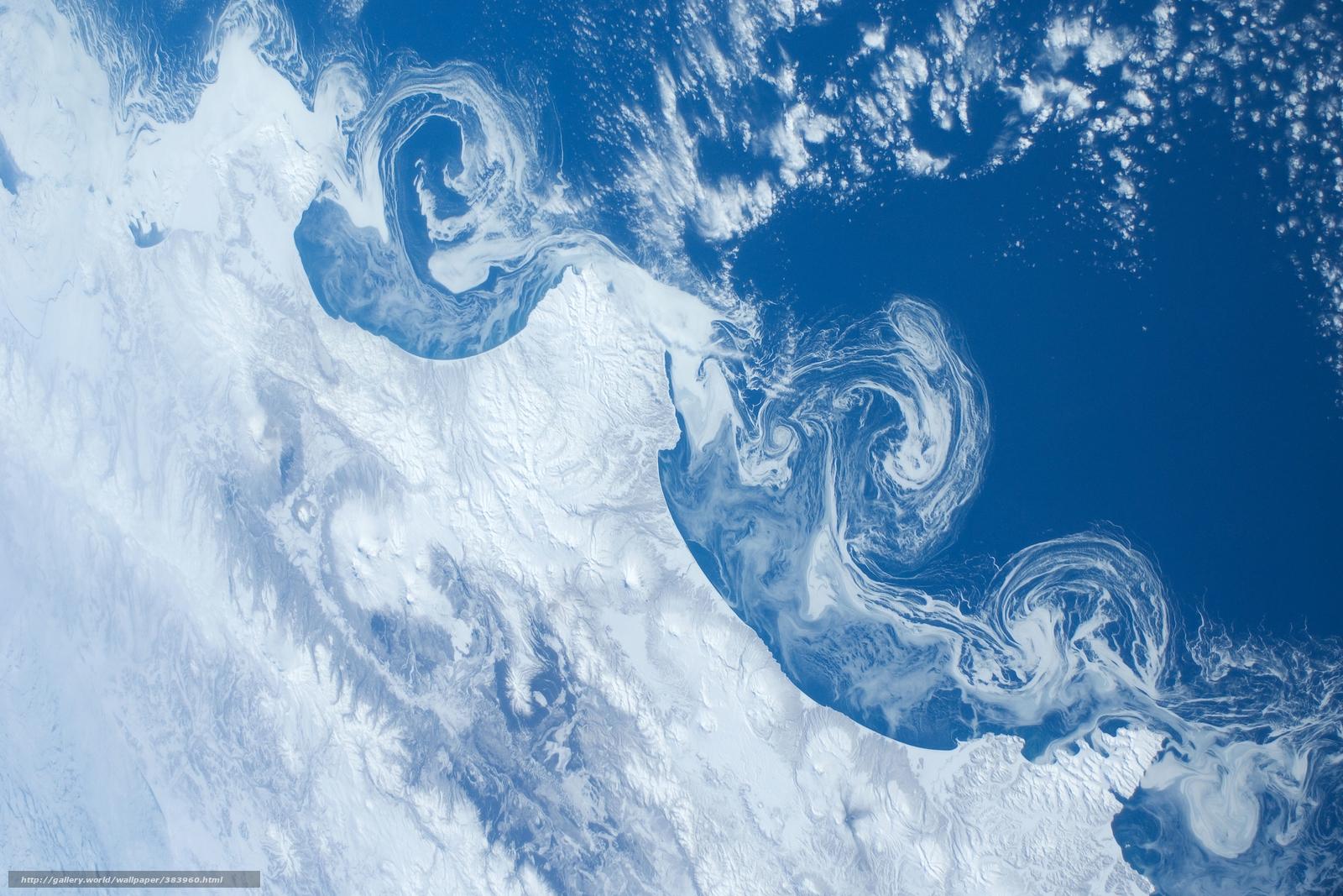 Скачать на телефон обои фото картинку на тему Міжнародна космічна станція МКС, земля, вид с космоса, камчатка, снег, океан, плавучие льдины, вулканы, разширение 1920x1280